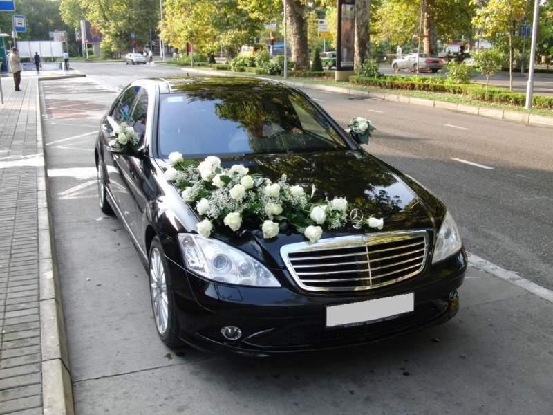 Как украсить свадебную машину фото: http://www.car-pics.ru/articles/Kak-ukrasit-svadebnuyu-mashinu-foto