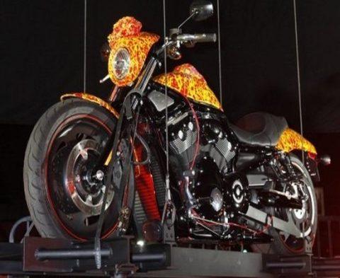 Harley сконструированный Джеком Армстронгом