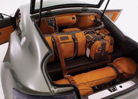 Aston Martin AMV8 2005