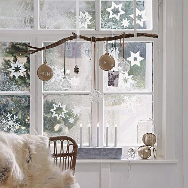 Картинки чем украсить окно на новый год