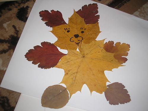Своими руками поделки из листьев