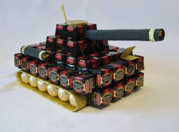 Танк из конфет своими руками пошаговое фото