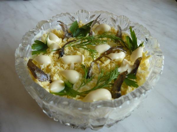 Салат из шпрот пошаговый рецепт