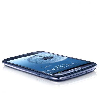 Samsung Galaxy S III синий фото
