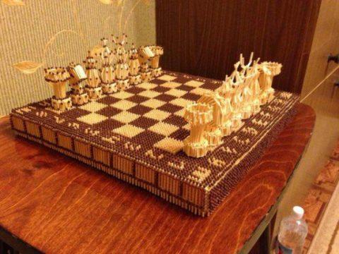 Подарочные шахматы из спичек