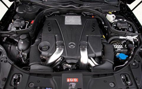 Mercedes CLS 550 белый двигатель фото