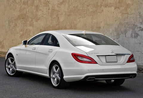 Mercedes CLS 550 белый фото в городе