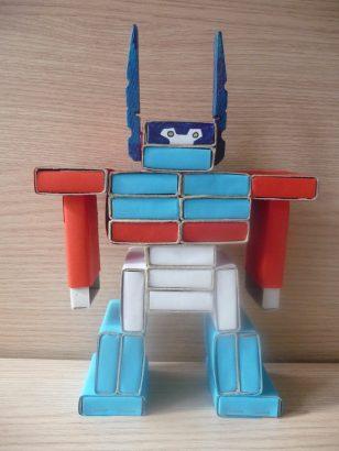 робот из спичечных коробок