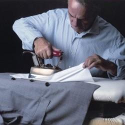 Учимся правильно гладить пиджак
