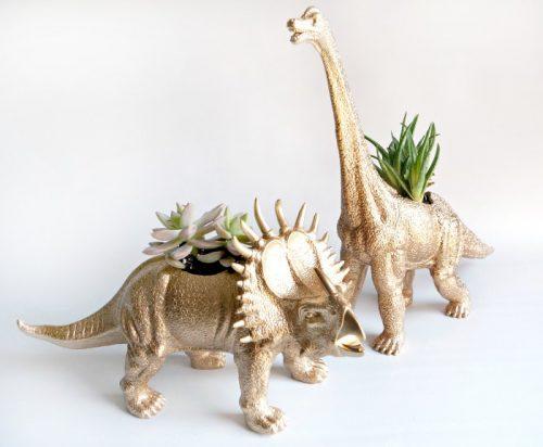 Горшок из динозавра