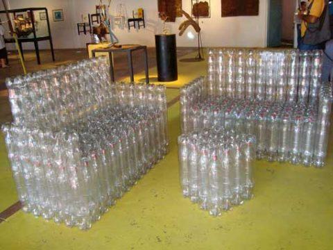 Мебель-из-пластиковых-бутылок-