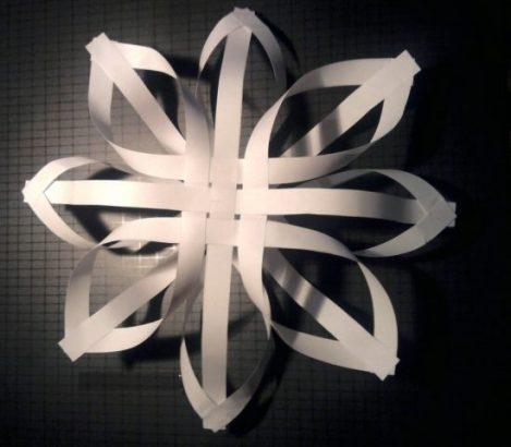 Volume paper snowflake
