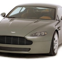 Aston Martin Vantage AMV8 2005 года