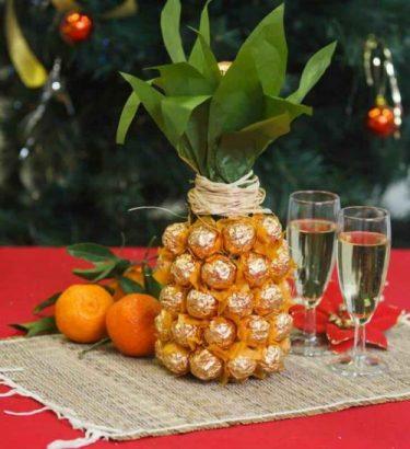 бутылка в форме ананаса