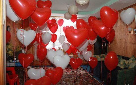 как украсить гостиную на 14 февраля