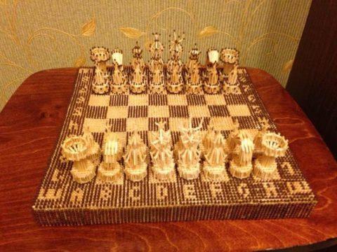 шахматы из спичек