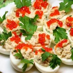 Самые лучшие рецепты фаршированных яйц