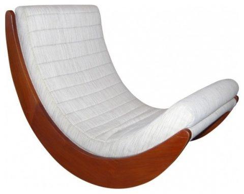 модерновое кресло-качалка